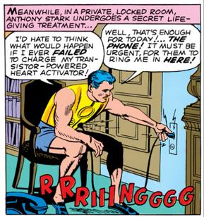 Najdziwniejsze momenty komiksowych Mścicieli - Tony Stark musi podłączać się do gniazdka