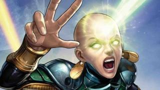 Moondragon - dawniej znana jako Heather Douglas, córka Draxa; wychował ją ojciec Thanosa, Mentor; żyje w związku z Phylą-Vell; telepatka, potrafi czytać w myślach, niezwykle wprawna w sztukach walki