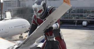 Ant-Man - Kapitan Ameryka: Wojna bohaterów (2016)