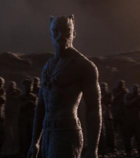 Ok. 8000 p.n.e.: Ludzie zaczynają się osiedlać w miejscu rozbicia meteorytu. Liczne plemiona walczą o władzę nad terytorium, jednak koniec końców zostają one zjednoczone pod rządami Bashegi, pierwszego z Czarnych Panter. Rodzi się pierwsza wielka cywilizacja na Ziemi. Niedługo później plemię Jabari decyduje się odłączyć od pozostałych i zamieszkać w górach Wakandy.