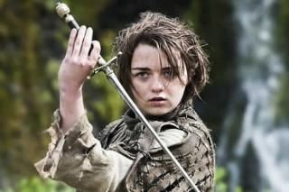 Maisie Williams w 4. sezonie Gry o tron