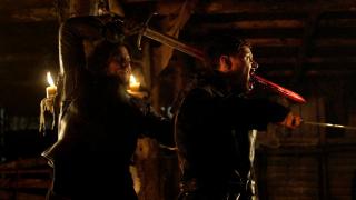 12. Atak na twierdzę Crastera (s04e05) - Nocna Straż postanawia obalić twierdzę Crastera i wyrównać rachunki ze zdrajcami. Jednym z lepszych momentów jest wbicie miecza przez głowę Karla Tannera przez Jona Snowa.