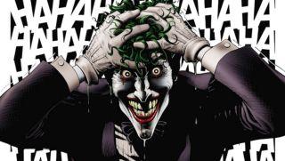 """Scenariusz produkcji został luźno oparty na komiksie """"Batman: Zabójczy żart"""" – w nim także Joker początkowo próbował swoich sił jako komik, jednak jego kariera na tym polu w ogóle się nie rozwinęła."""