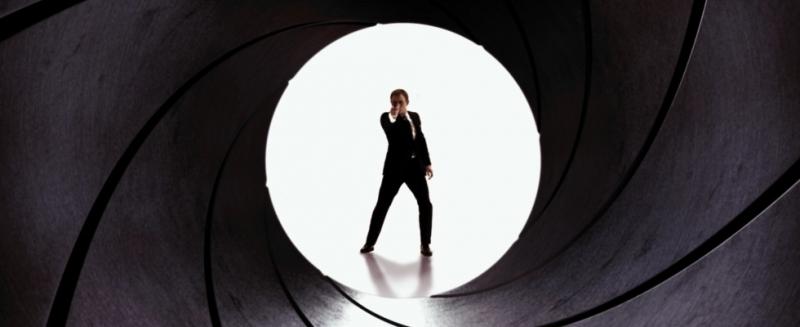 PLOTKA: Czy seria o przygodach Jamesa Bonda stanie się kolejnym filmowym uniwersum?