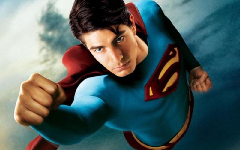 Arrowverse - Brandon Routh jako Superman z Przyjdź Królestwo. Szkic koncepcyjny