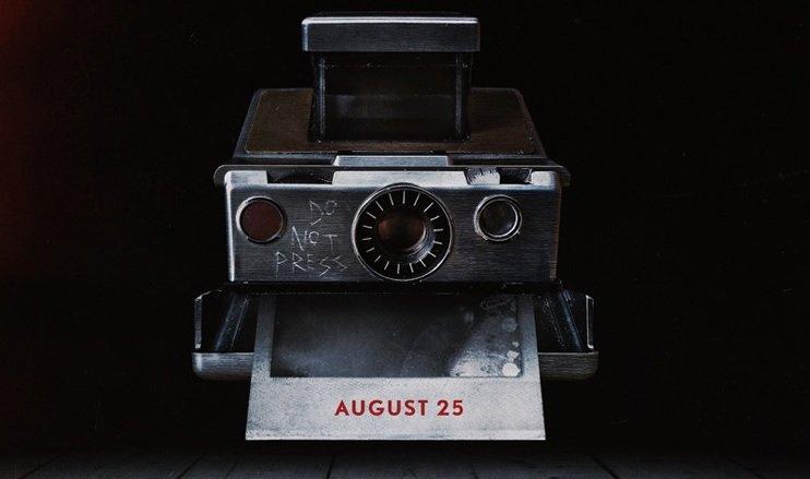 Aparat, który przepowiada śmierć. Zobacz pełny zwiastun horroru Polaroid