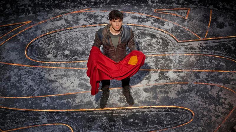 Krypton - nowy plakat pokazuje nam wszystkich złoczyńców serialu