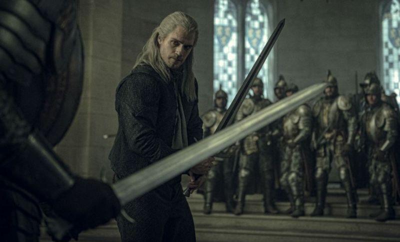Wiedźmin Netflixa - Geralt w starciu z potworem na dwóch szkicach i nowe zdjęcia