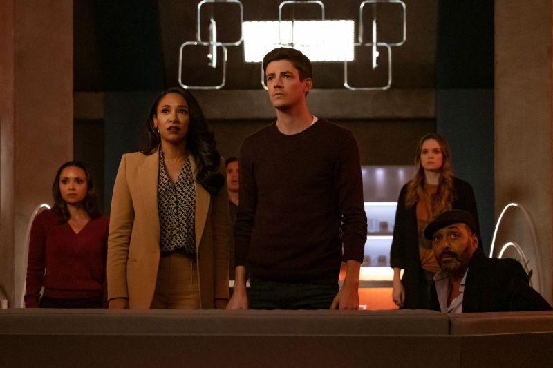 Arrow, Flash i Black Lightning - co w kolejnych odcinkach seriali? [WIDEO]