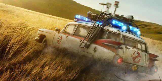 Ghostbusters: Afterlife - plakat oraz Paul Rudd na pierwszych zdjęciach z filmu