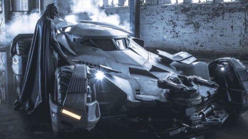 Batman - fan z Rosji kupił Batmobil. Policja odholowała auto i postawiła zarzuty