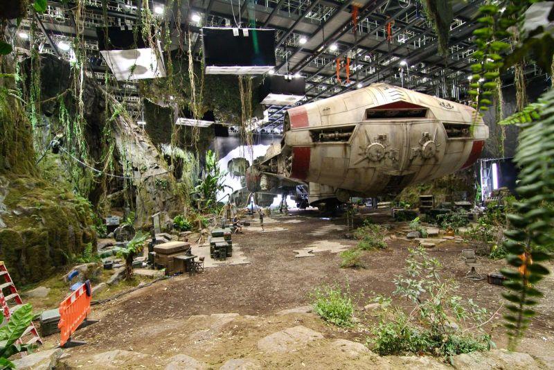 Gwiezdne Wojny: Skywalker. Odrodzenie - zdjęcia z planu. Nie wszystko to efekty komputerowe!