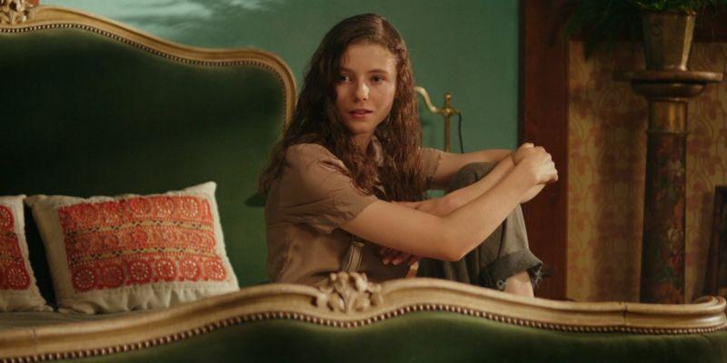 Last Night in Soho - Thomasin McKenzie przeraża na nowym zdjęciu z filmu twórcy Baby Driver