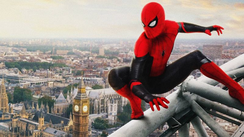 Spider-Man: Bez drogi do domu - co sugerują opisy zabawek? Doktor Strange na zdjęciu z planu