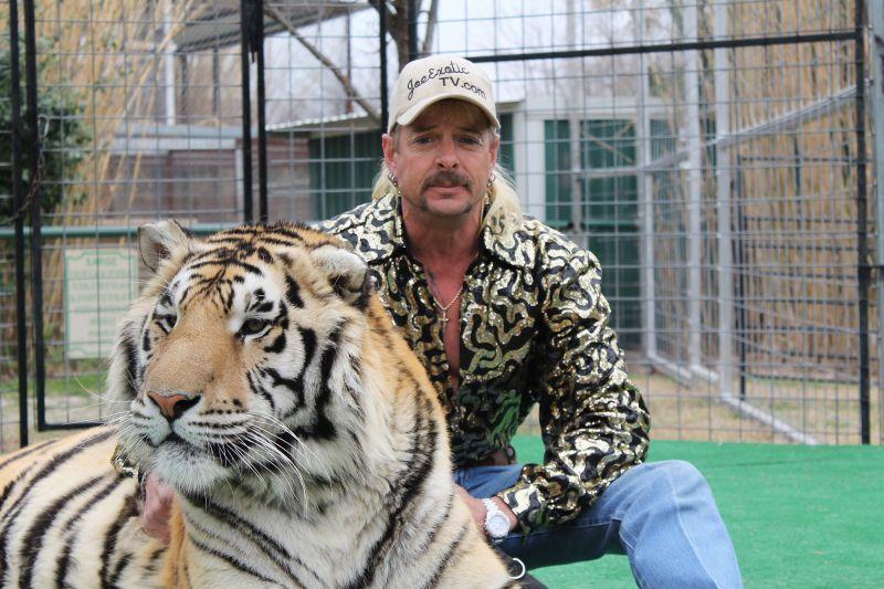 Król Tygrysów jest nagi: premiera książki nawiązującej do serialu Netfliksa