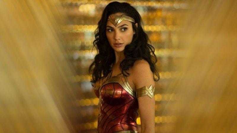 Sieci kin obniżą ceny biletów na filmy Warner Bros?