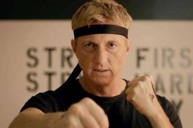 Cobra Kai zrzuca Bridgertonów ze szczytu listy TOP 10 Nielsena. Netflix dominuje