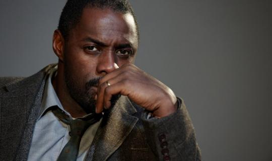 Idris Elba w reklamie na Super Bowl. Za kamerą Spike Jonze