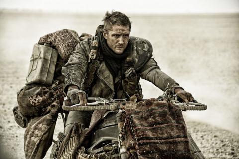 """[DVD/Blu-ray] Nowe życie filmu """"Mad Max: Na drodze gniewu"""" – wyniki sprzedaży"""