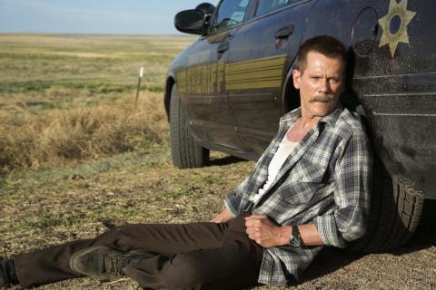 """Kevin Bacon jako zły szeryf. Zwiastun """"Cop Car"""""""