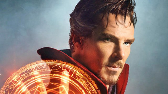 Twórca Community napisał kilka scen do Doctora Strange'a