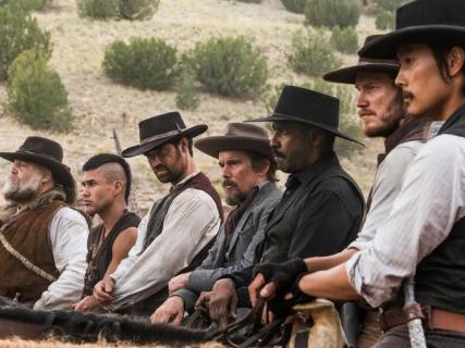 Box Office: Siedmiu wspaniałych wygrywa w kinach