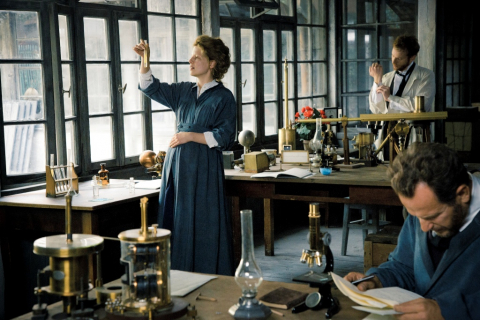 Maria Skłodowska-Curie – obejrzyj nasze wywiady z gwiazdami filmu