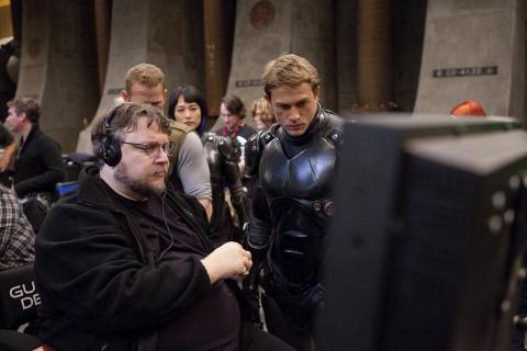Guillermo del Toro wyjaśnia dlaczego nie wyreżyserował Pacific Rim 2