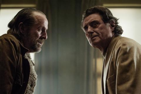 Problemy serialu Amerykańscy bogowie – nowy showrunner odsunięty od produkcji