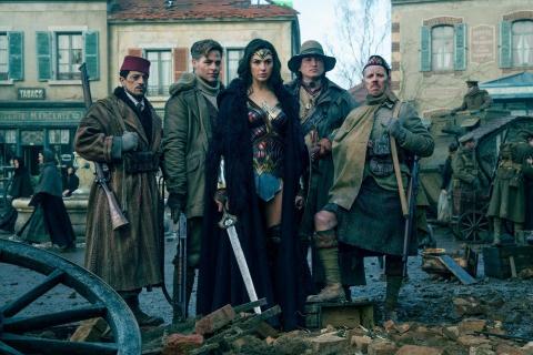 Jak powinien skończyć się film Wonder Woman? Zobacz parodię od How It Should Have Ended