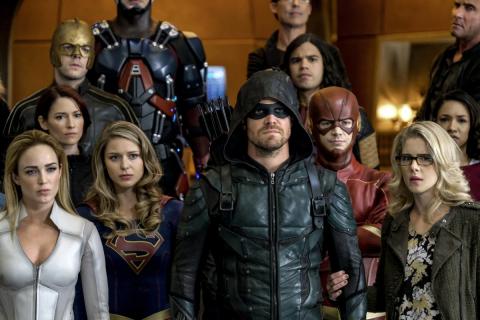 Kryzys na Nieskończonych Ziemiach - jak rozpocznie się crossover seriali Arrowverse? [SDCC 2019]