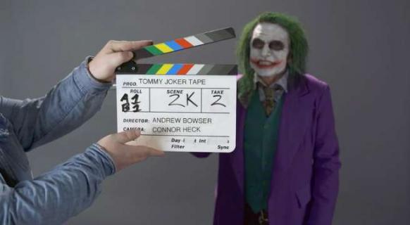 Tommy Wiseau gotowy do roli Jokera. Zobacz nagranie z próby aktora