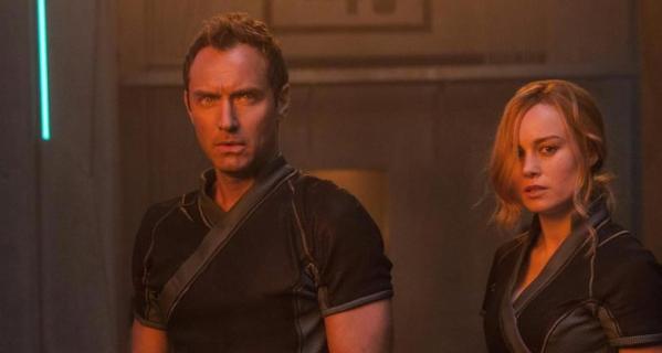 MCU – kogo gra Jude Law w Kapitan Marvel? Tożsamość usunięta ze strony