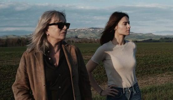 Devils - Kasia Smutniak promuje w Cannes włoski serial z jej udziałem