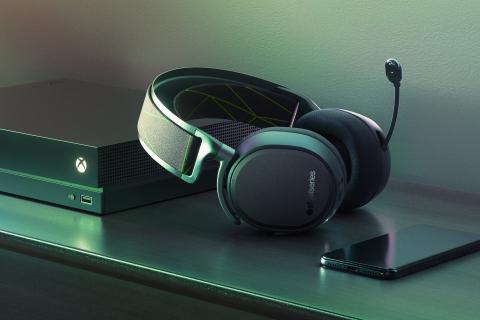 Firma SteelSeries wypuściła bezprzewodowe słuchawki dla Xboksa One