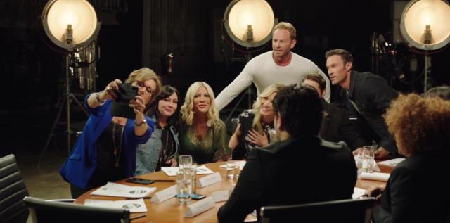 Beverly Hills, 90210 - gwiazdy w klipie promocyjnym nowego serialu. Zobacz wideo
