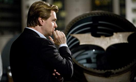 Tenet - nietypowe logo nowego filmu Nolana na zdjęciu z planu
