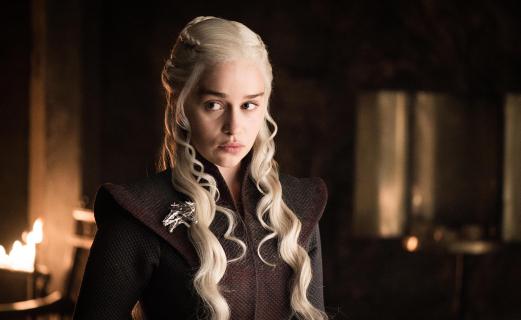 Gra o tron - Emilia Clarke twierdzi, że mężczyźni byli lepiej traktowani na planie niż kobiety