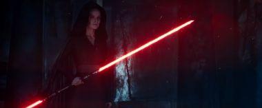 Skywalker. Odrodzenie - zdjęcia z nowego wideo. Mroczna Rey i inne ciekawostki