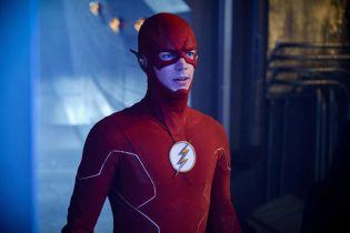 Flash - oto zdjęcia z premiery 6. sezonu. Zaskakujący powrót postaci