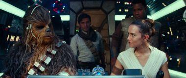 Gwiezdne Wojny: Skywalker. Odrodzenie - Palpatine wraca. Abrams komentuje decyzję [ZDJĘCIA]