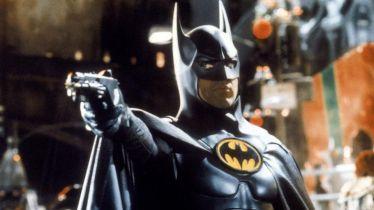 Arrowverse - Batman Michaela Keatona należy do uniwersum? Nowe informacje