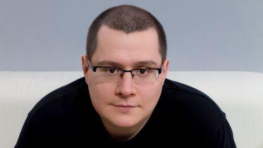 Tomasz Pstrągowski: Raczej piszę o kulturze, niż piszę kulturę [WYWIAD]