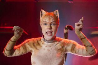 Koty zbyt słabe nawet dla własnej wytwórni. Universal nie wierzy w sukces filmu