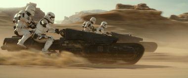 Skywalker. Odrodzenie - postać z animacji w filmie? Abrams sugeruje! Nowe fragmenty