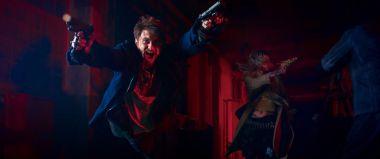 Guns Akimbo - zwiastun w sieci. Daniel Radcliffe jako gwiazda kina akcji