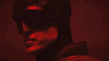 The Batman - kostium w pełnej okazałości. Tak wygląda na planie!