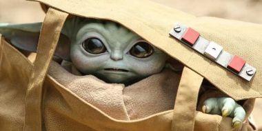 The Mandalorian - Baby Yoda naturalnych rozmiarów od Hot Toys [GALERIA]