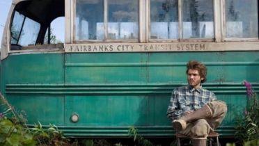 Wszystko za życie - słynny autobus z filmu usunięty przez władze Alaski. Jaki powód?
