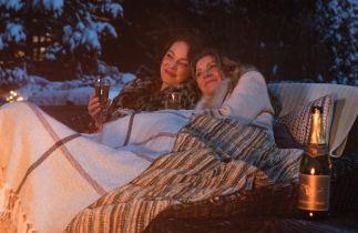 Firefly Lane - zwiastun serialu Netflixa. Katherine Heigl i Sarah Chalke jako nierozłączne przyjaciółki